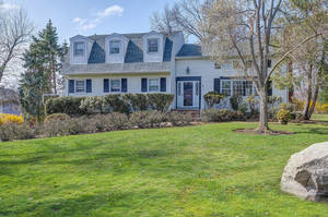 7 Burlington Road, Livingston, NJ:  $929,000
