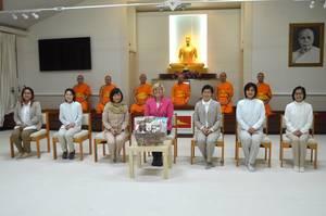 Carousel_image_38d4740e9809740c65dd_mahr_-_monks_-_group_shot_at_temple