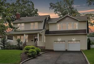 37 Berkeley Place, Livingston NJ:  $799,000