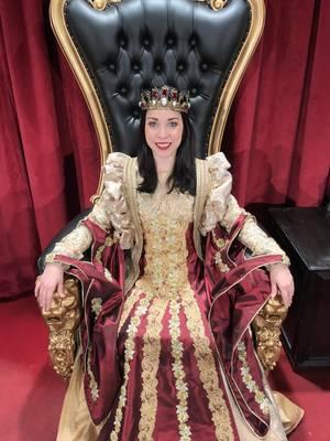 Carousel_image_391e0e1a5b62021e9212_medieval_times_queen