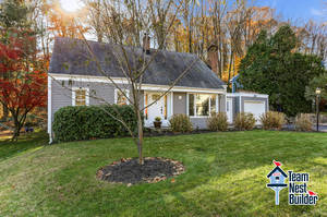OPEN HOUSE 11/17 Lovely 4BR Cape Cod In Rockaway