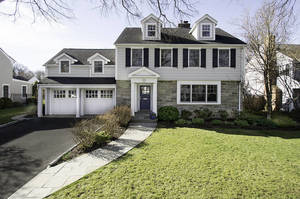56 Blackburn Place, Summit NJ: $1,650,000