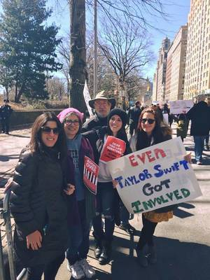 Carousel image 3bb0b7f92a8831790bab nyc march for our lives