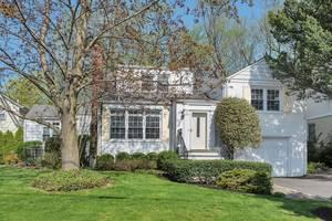 29 Parkview Drive, Millburn, NJ: $799,000