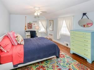 018_20 Meadowbrook - Bedroom 2.jpg