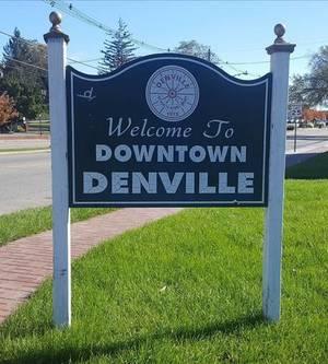 Carousel_image_3f247c12b8fa0e892f7f_downtown_denville_sign