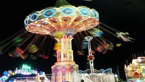 Carousel_image_3f2ded3d689aec105bd9_hillspixfairnightswing2