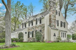 3 Lorraine Road, Summit, NJ: $1,075,000