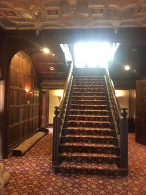 Carousel_image_40ce037caf6e5f240c3c_mansion2