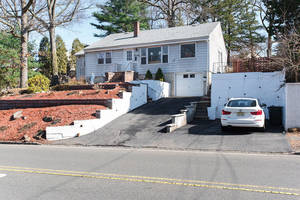 70 Baltusrol Rd, Summit NJ: $499,990