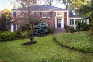 44 Drum Hill Drive, Summit NJ: $1,275,000