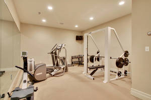 21 - Exercise Room.jpg