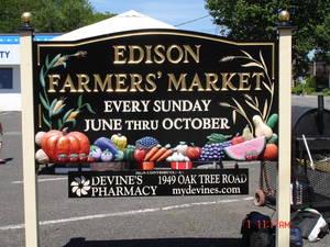 Carousel image 427c593f44bbaa16e6ba farmers market