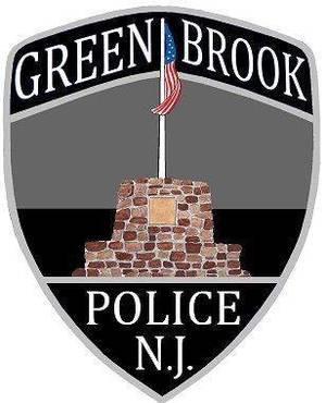 Carousel_image_4283a18dab82787e416e_green_brook_police
