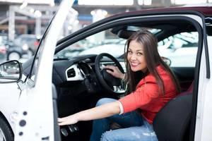 Carousel_image_450b7ab433997581a697_millennial-woman-driver
