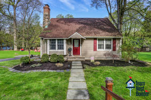 UNDER CONTRACT:  Storybook Sweet 3BR Lake Mohawk Home
