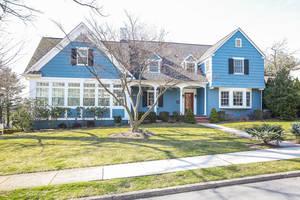 2 Lorraine Road, Summit NJ: $1,550,000