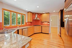 03_19HunterdonBlvd_5_Kitchen_HiRes.jpg