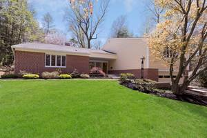32 Twombly, Summit, NJ: $1,120,000