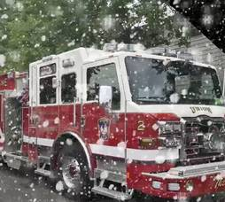 Carousel_image_4871d1352cfce6e9d919_union_firetruck_in_the_snow