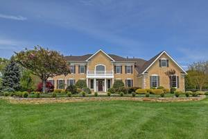 7 Summer Drive,  Freehold