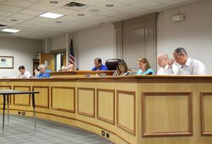 Carousel_image_4bd2403d83e2917824db_edit_wr_town_council_meeting_on_weds_august_16_2017
