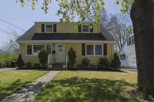 Open House Sunday 1-4. Move in Ready Cape in Brookdale Section