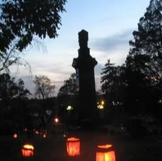 Carousel_image_4e0e6a89d065d45d2b7e_cemeterytourtombstonephoto
