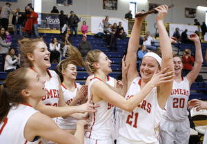 Carousel_image_4f61faee9a1d32251677_somers_girls_regional_celebrate_0