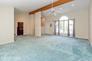10_19HunterdonBlvd_178_MasterBedroom_HiRes.jpg