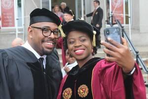 Carousel_image_5220cef3ede155e69dd0_2018_graduation_d