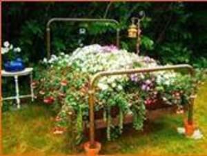 Carousel_image_5267ab8b012c079b48a1_spring_gardening_bed_3.18.17