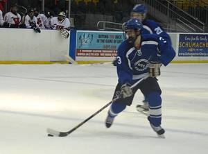 Carousel_image_5348107a419130f3df4c_hockey_-_3_jared_figueroa__fwd__junior