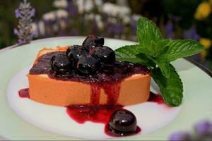 Carousel_image_53c2c3078e0140eddb01_09164dd3b759d0b512b6_blueberry-balsamic-sauce