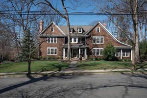 85 Oak Ridge Ave, Summit NJ: $2,895,000