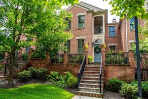 25 Norwood Avenue Unit 7, Summit, NJ:$1,375,000