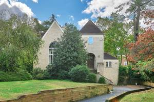 25 Bedford Road, Summit, NJ: $1,200,000