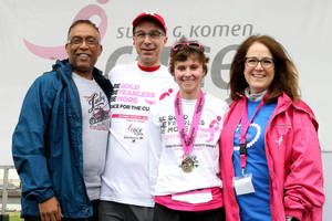 Carousel_image_5d397949ab4f1bd66757_fdc2e5247a8faa763a83_michele_caselnova_at_2018_komen_nj_race_for_the_cure-es