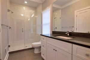 17 Guest Bath.jpg