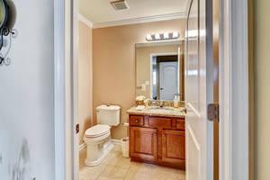 10 Harvey Court Clark NJ 07066-large-012-4-Bathroom-1499x1000-72dpi.jpg