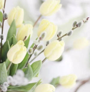 Spring Floral Arrangment Workshop
