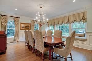 008-288202-EDIT dining room 2_6908629.jpg