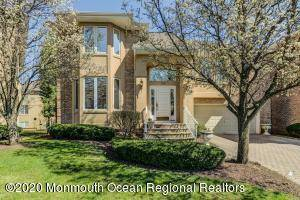 Beautiful Home in Holmdel's Beau Ridge Community