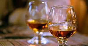 Carousel_image_63852890b0d791fed3a7_b6d95b4c73a3676ded55_tasting-whiskey-social