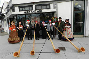 Carousel_image_63978864aeb84daf39d1_c626b2c20f2c94a271c9_alp-horns-and-yuletide-carolers-by-dwc