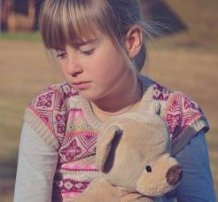 Carousel image 6451218f5bbad5b604d5 sad girl with teddy bear 746661 1920   edited