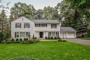 11 Ramsey Drive, Summit NJ: $1,340,000