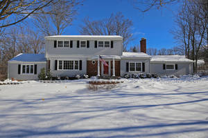 55 Sulfrian Rd, New Providence NJ: $925,000