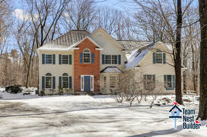 UNDER CONTRACT: Gorgeous, Spacious Sparta Mountain 5BR