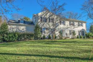 80 Colt Road, Summit, NJ: $1,395.000
